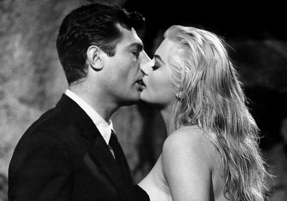Az 1960-as Az édes élet című filmben nem csak Marcello Mastroianni, hanem a fél világ beleszeretett Anita Ekbergbe.