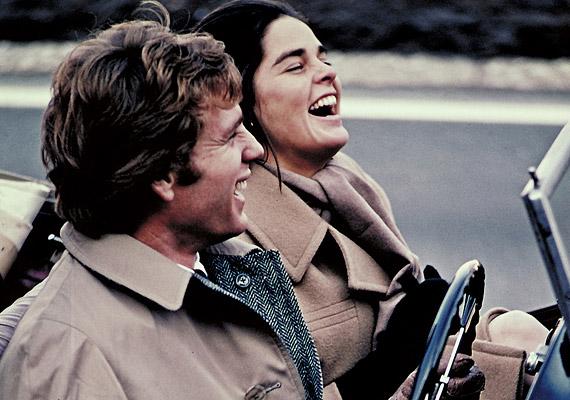 A Love Story 1970 óta a tragikus szerelmes történetek alfája és omegája. A főszerepben: Ali MacGraw és Ryan O'Neal.