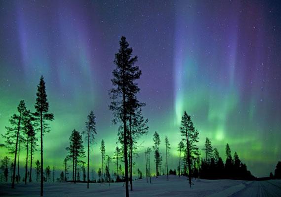 Egy másik kép a sarki fényről - a jelenséget Antony Spencer is megörökítette.