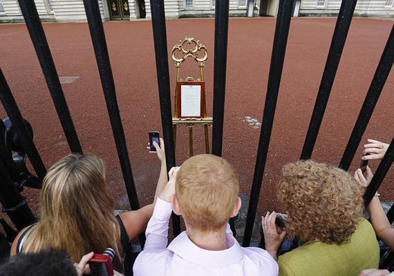 Nagy-Britanniában 1917 óta a Windsor-ház uralkodik, amit még V. György rendelettel alapított. Az ország élén jelenleg II. Erzsébet áll 1952 óta, akinek utóda Károly walesi herceg lesz.