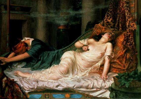 Mozgalmas élete után végül önkezével végzett magával - az utóbbi időben azonban egyre inkább bizonyítottnak látszik, hogy Augustus parancsára ölték meg. A festmény Reginald Arthur munkája, melynek címe Kleopátra halála.