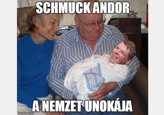 Schmuck Andor nagyon szereti az idős embereket és a mémeket. Ez az egyik, amit Facebook-oldalára posztolt ki nemrég.