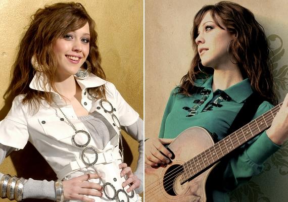 2008-ban megjelent első saját lemeze, az Üveggolyó - melynek borítóképét a jobb oldalon láthatod -, 2009-ben pedig a Fuss el végre!, de aztán nem publikált több albumot.