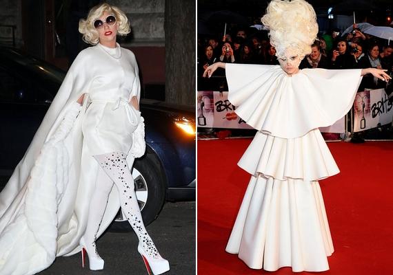 A dolog azért meglepő, mert Gaga általában ilyen és ezekhez hasonló öltözékben jelenik meg a nyilvános eseményeken.