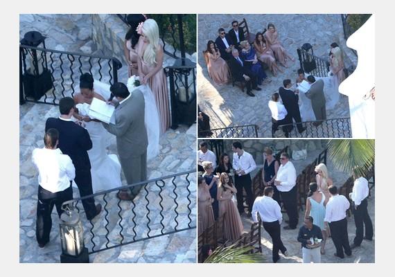 A szertartás alatt is tartotta a menyasszony fátylát.