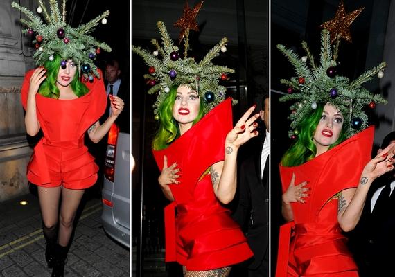 Lady Gaga a Jingle Bell kedvéért festette zöldre a haját, és karácsonyfának öltözött.