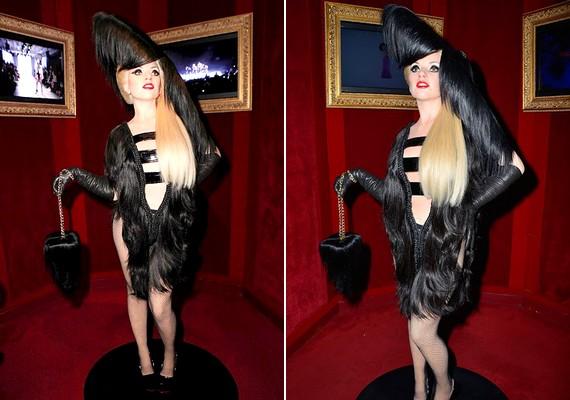 Az új bábu arca nem hasonlít Lady Gagáéra, és az egész ruhája hajból készült.