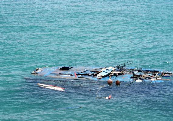 Elsüllyedt hajó Lampedusa partjainál.