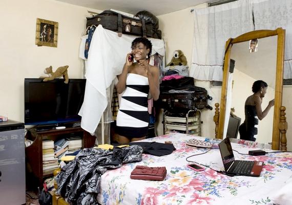 A lányok Haitin is nagy felfordulással készülődnek, ezt bizonyítja a 19 éves Daphne kuckója is.