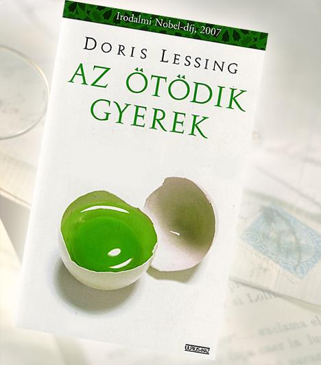 Doris Lessing: Az ötödik gyerekA fiatal házaspár nagy hévvel veti bele magát a családalapításba. Bár a férj nem keres valami jól, négy gyermeket vállalnak. Az ötödik gyermek születése azonban gyökeresen megváltoztatja az életüket. A kisfiú testi-lelki sérült, agresszív kitöréseit, gyilkos hajlamát szinte lehetetlen kordában tartani. Az anya azonban képtelen belenyugodni, hogy a gyermeket intézetbe adja.