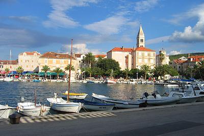 A supetari kikötő
