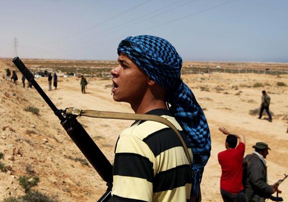 A világ hatodik legkorruptabb országában, Líbiában novemberben újra polgárháborús állapotok alakultak ki.