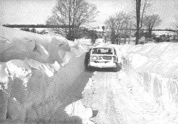 Az 1972-es iráni hóvihar nem a csapadék mennyisége miatt döntött rekordot, hanem a közel négyezer ember miatt, aki életét vesztette az ítéletidő során. Voltak olyan faluk, ahol egyetlen túlélő sem maradt.