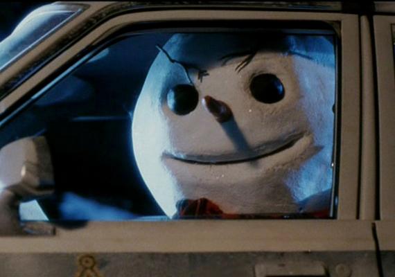 A Jack Frost című 1997-es filmben a gyilkosnak a vérszomjon kívül répaorra és cuki kockás sálja is van: itt a hóember a rosszfiú. A film mentségére szóljon, hogy horrorvígjáték besorolást kapott - az IMDb-n 4,4 pontra értékelték.