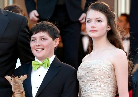 Mackenzie Foy most 14 éves, és gyönyörűen cseperedik. A filmfesztiválon színésztársával, Riley Osborne-nal fotózták.