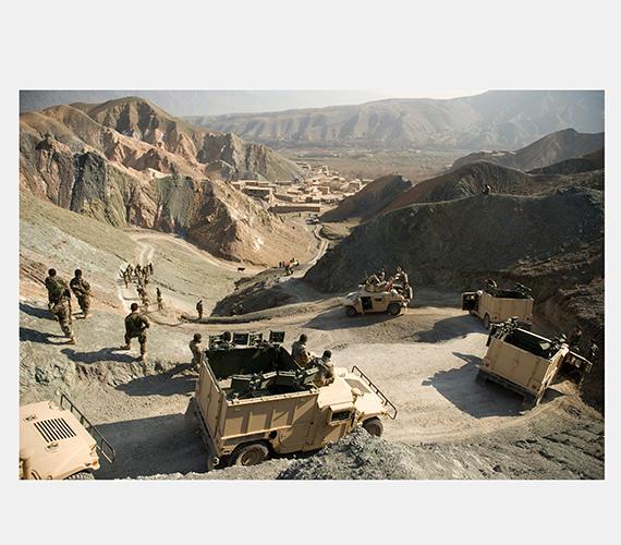 Afgán-magyar katonai konvoj az afganisztáni Baglán tartományban lévő Dusi határában.