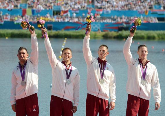 A férfi kajak négyes - Kammerer Zoltán, Tóth Dávid, Kulifai Tamás, Pauman Dániel - 1000 méteren szerzett ezüstöt.