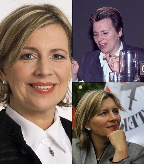 Morvai Krisztina  A Jobbik EP-képviselője a jobb oldali képen jogvédőként látható öt évvel ezelőtt.  Morvai a Jobbik egyik arca, a kampányok során mindig bevetik. Egyébként idejét az Európai Parlamentben tölti. Morvai férje, akivel már külön élnek, Baló György televíziós műsorvezető.