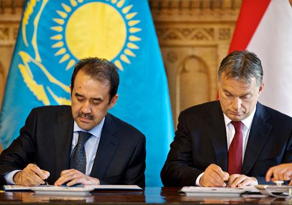 A kazah miniszterelnök visszatérő vendéggé vált, tavaszi látogatása után június elején ismét Budapestre érkezett. Ezúttal Orbán Viktor fogadta.