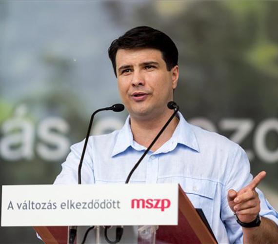 Az MSZP-s Mesterházy Attila is a Ligetben beszélt a Munka Ünnepe alkalmából.