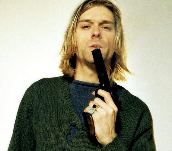 Kurt Cobain amerikai énekes, gitáros és dalszerző 1994-ben halt meg, öngyilkosságot követett el.