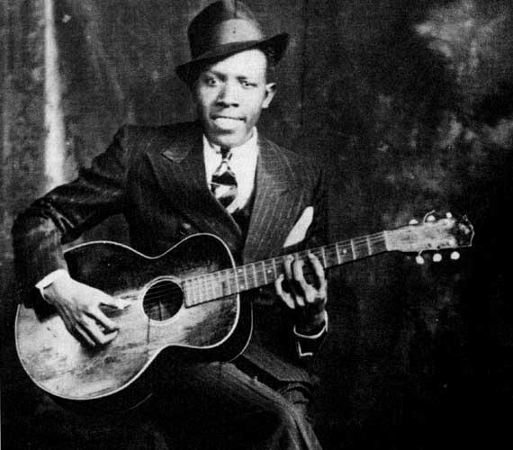 A blues-énekes és zenész, Robert Johnson 1938-ban halt meg. Az ok ismeretlen, de valószínűsíthető a mérgezés.