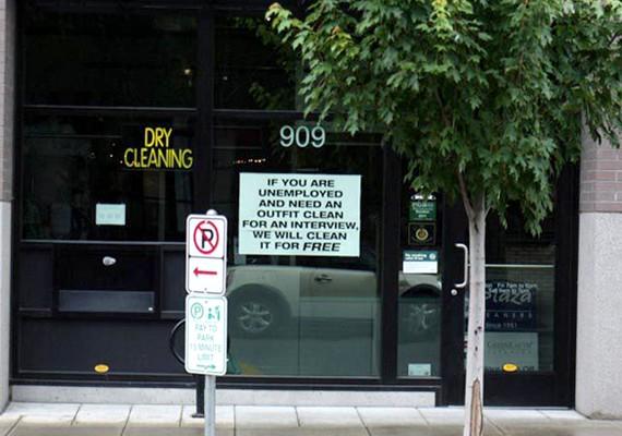 Portlandben már több mint kétezer nincstelennek segített a tisztító, amely ingyen vállal tisztítást, ha a szegények egy állásinterjúhoz szeretnének felöltözni.