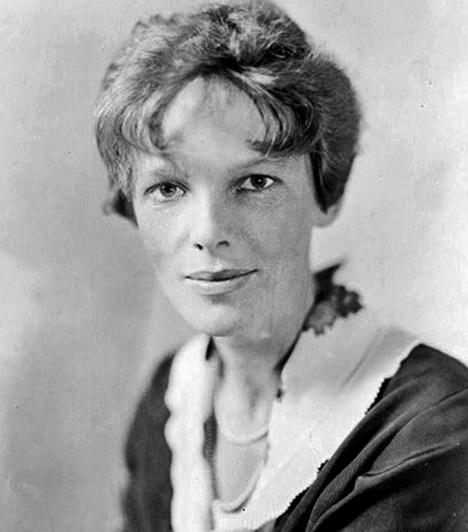 Amelia Earhart eseteAmelia Earhart, első jelentős pilótanő a hosszútávú repüléssel kísérletezett, és több rekordot is felállított a szakmájában. Egy hosszú út után a nő és navigátora, Fred Noonan úgy döntöttek, még tovább merészkednek, és 1937. július 1-én elindultak Új-Guineából, hogy elérjék a mintegy 3500 kilométerre a Csendes-óceán közepén fekvőHowland-szigetet. Másnap még több rádióüzenet is érkezett a gépről, de a végső célt sosem érték el. Sem a repülőt, sem utasait nem találták meg, és a hatóságok a nyomozás után sem tudtak magyarázattal szolgálni.Kapcsolódó cikk:Hátborzongató eltűnések és halálesetek »
