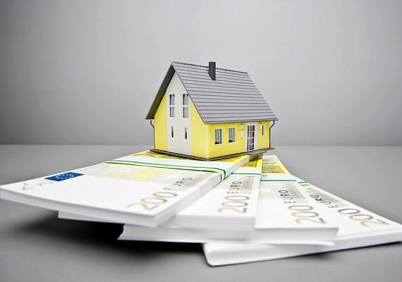 Ugyanez a helyzet a lakás-takarékpénztárral: legalább négy évre tervezz.