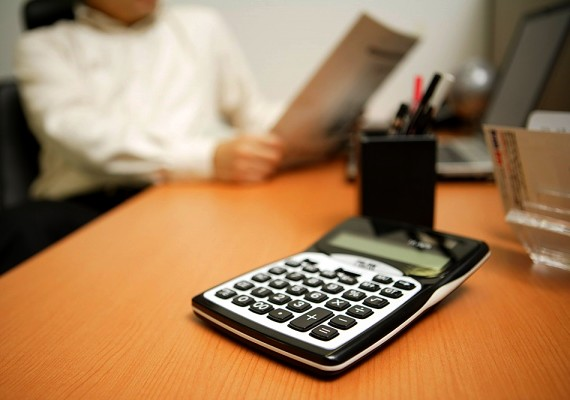 Az általad leírtak alapján számold ki, mennyi pénzt tudnál minden hónapban félretenni, és szorozd be az összeget akár évekre előre, hogy tudd, mire számíts.