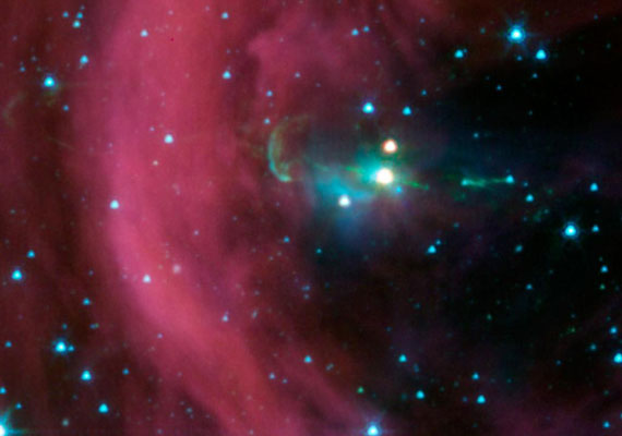 A Spitzer teleszkóp egy rejtett gázsugarat talált.