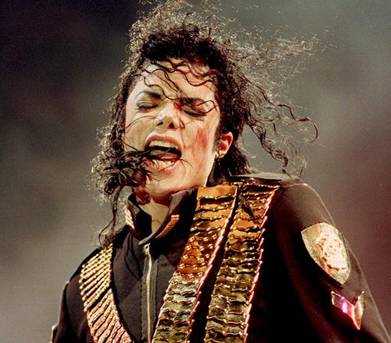 Michael Jacksonról is vannak, akik úgy tartják, nem halt meg, aranykoporsója pedig valójában üres volt.