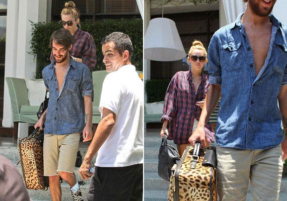 ...de előtte még segített kipakolni Miley-nak.