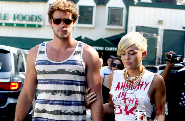 Liam Hemsworth és Miley Cyrus