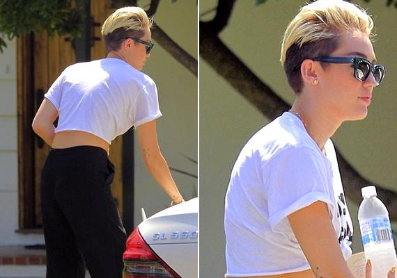 A haspólótól eltekintve Miley oldalról és hátulról úgy néz ki, mintha fiú lenne.