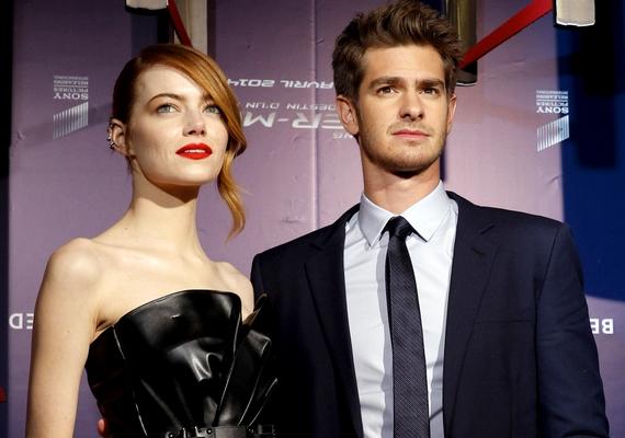 Emma Stone és Andrew Garfield kapcsolata sziklaszilárdnak tűnt, ám április elején kiderült, szünetet tartanak. Egy barátjuk szerint azonban végleges a szakítás, erről korábbi cikkünkben olvashatsz.