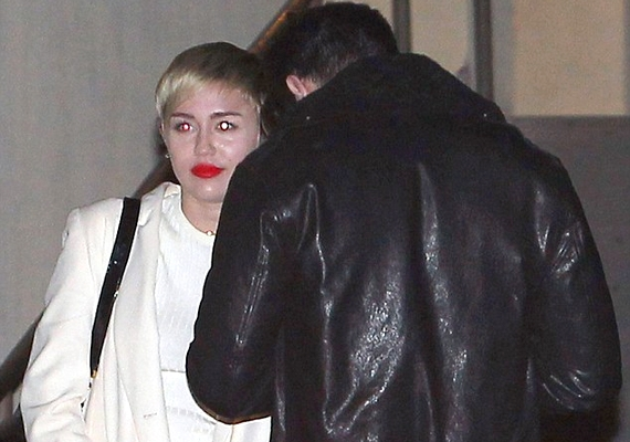 A két 21 éves sztárt már a hét elején is lefotózták, amikor együtt érkeztek egy Los Angeles-i partira.
