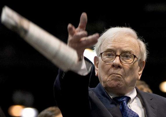 Warren Buffett már 11 évesen a tőzsdén játszadozott. A Nebraskai Lincoln Egyetemen eltöltött évei alatt a gyerekkori szenvedély hivatássá vált, és Buffett máig 58 milliárd dolláros vagyon kereskedett össze a tőzsdén. Mesterszakos közgazdasági diplomáját a Columbia Business Schoolban szerezte, mivel a Harvardra nem vették fel. Ebből is látszik, sokszor a gyakorlati tudás többet ér, mint az elméleti.