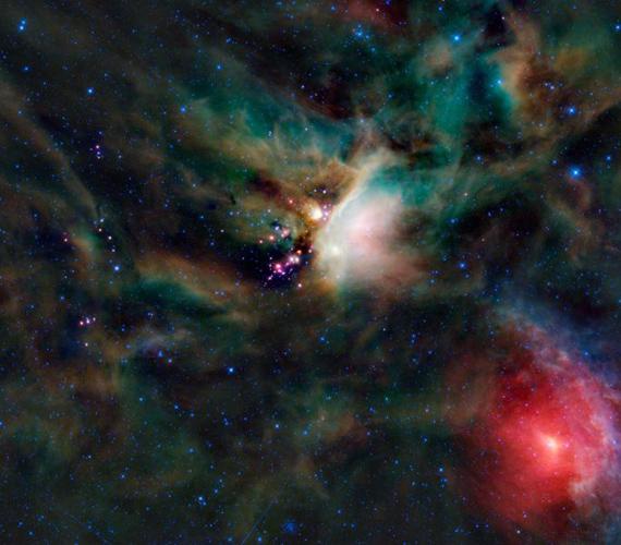 A Rho Ophiuchi névre hallgató kompozíció a csillagok születését örökítette meg, köd- és gázfelhők színes kavalkádjával.