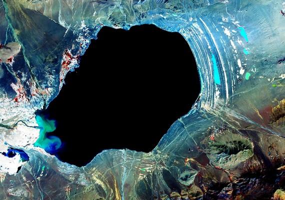 A Dagze-tó. Kattints ide a nagyobb felbontású képért! »