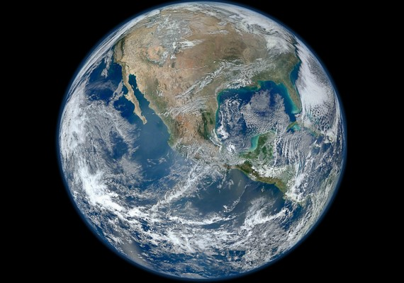 A Föld. Kattints ide a nagyobb felbontású képért! »