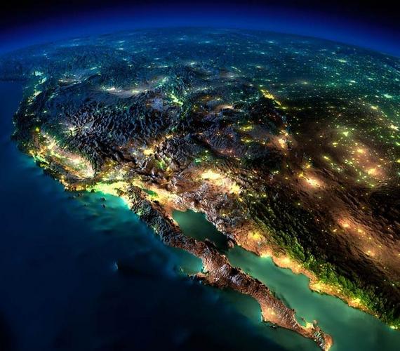 Gyönyörű, éles és részletes képek készültek a Föld fényeiről, amelyek még a világűrből is láthatóak.