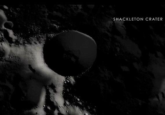 Kép a Shackleton-kráterről.