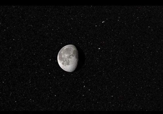 A fogyatkozó, majd újra kerekre duzzadó égitestről a NASA forgatott egy kisfilmet.