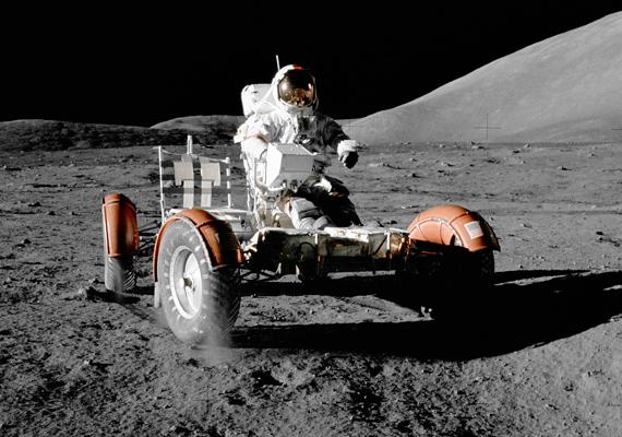 Most kiderült, hogy mégsem sajtból van a Hold. A nagy felbontású képet itt töltheted le! »