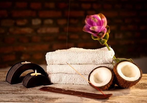 Nemcsak tárgyi dolgot, de élményt is ajándékozhatsz. Egy utazásnak vagy egy pihentető wellnesshétvégének biztosan örülni fognak.