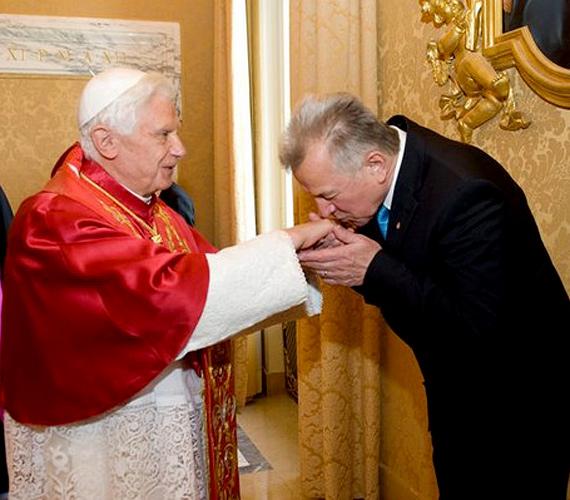 Vatikán, Olaszország: Schmitt Pál 2010 szeptemberében járt XVI. Benedek pápánál.