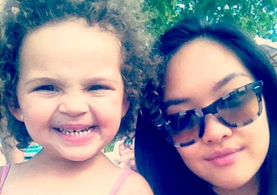 Hien közös fotókat is posztolt a cuki kis Annabellával.