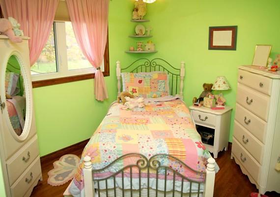 Rendezd át, dobd fel a szobád! Álmodd meg, hogyan lehetne még szebb a kuckó, és dekoráld ki kedved szerint.