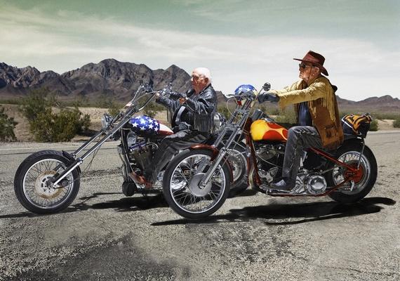 Szelíd motorosok: Walter Loeser, 98 éves és Kurt Neuhaus, 90 éves.